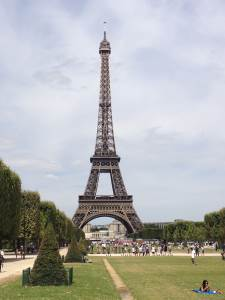 Studenti francouzštiny na setkání se spisovatelem z Paříže a s jazykovou atašé